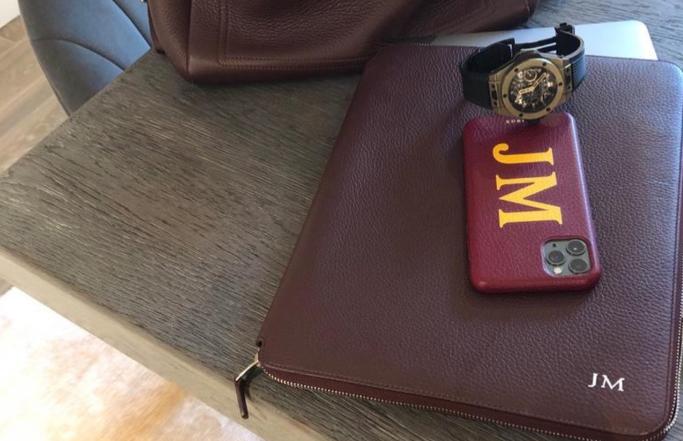 装备到了,穆里尼奥社媒兴奋发文:我的新手机壳终于到货啦