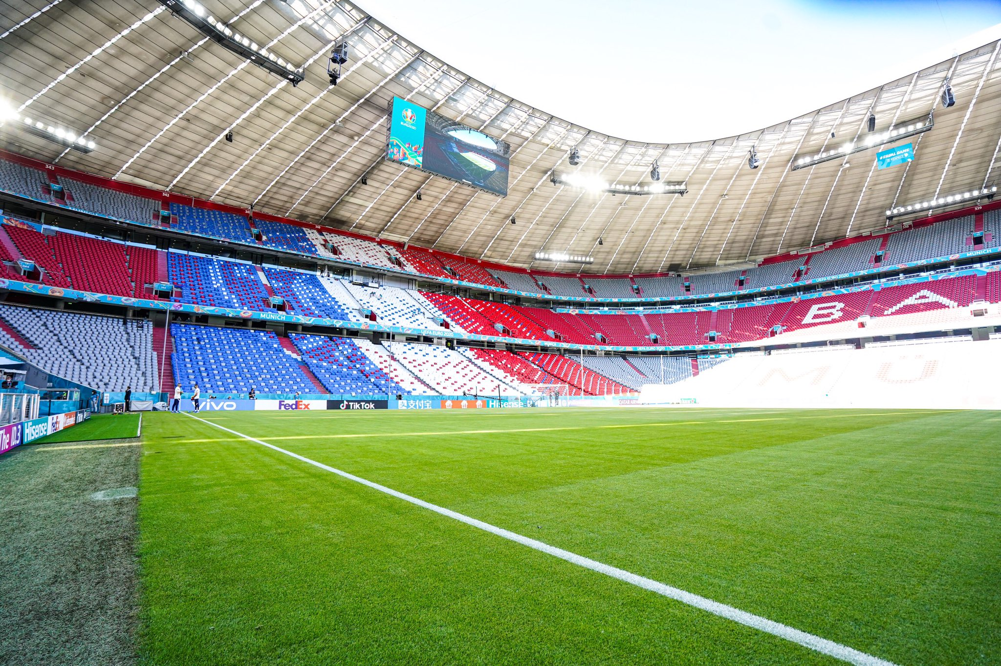 法德历史交锋战绩:法国14胜7平10负,近5次对德国保持不败