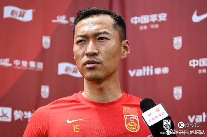 吴曦:国足很长时间没踢国际比赛,比赛时需控制好心态