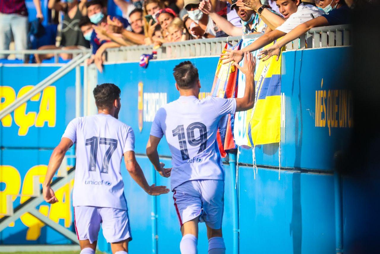 友谊赛:巴萨3-1吉罗纳,皮克马纳伊破门孟菲斯首秀点射建功