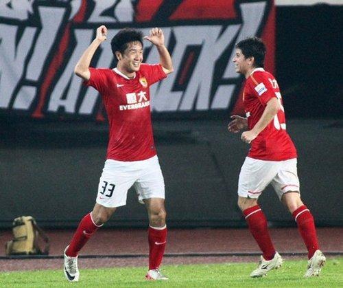 曾随广州队冲超的老将李岩宣布退役,历经球队数次变迁