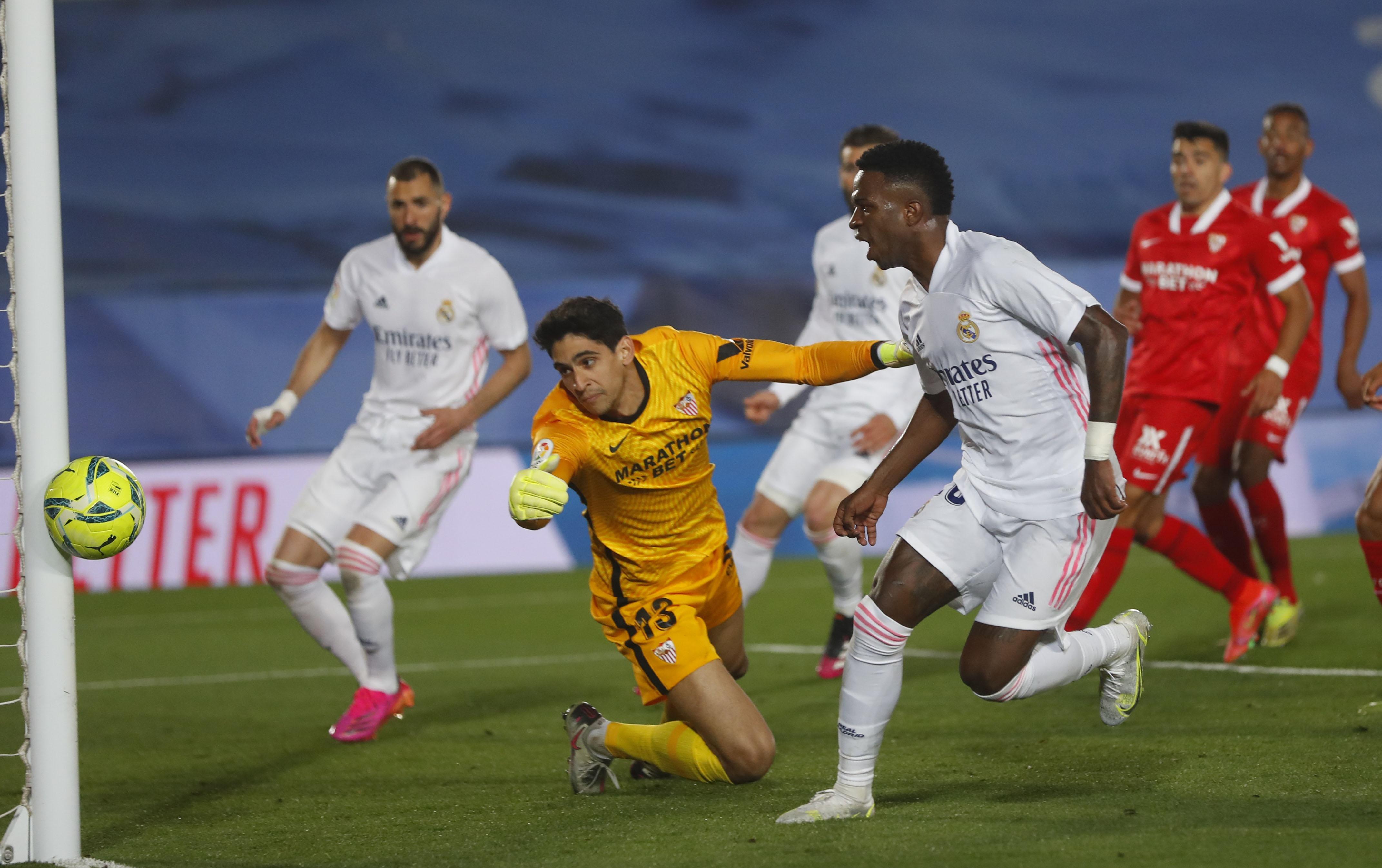阿森西奥破门阿扎尔绝平,皇马2-2塞维利亚升至第二_虎扑国际足球新闻
