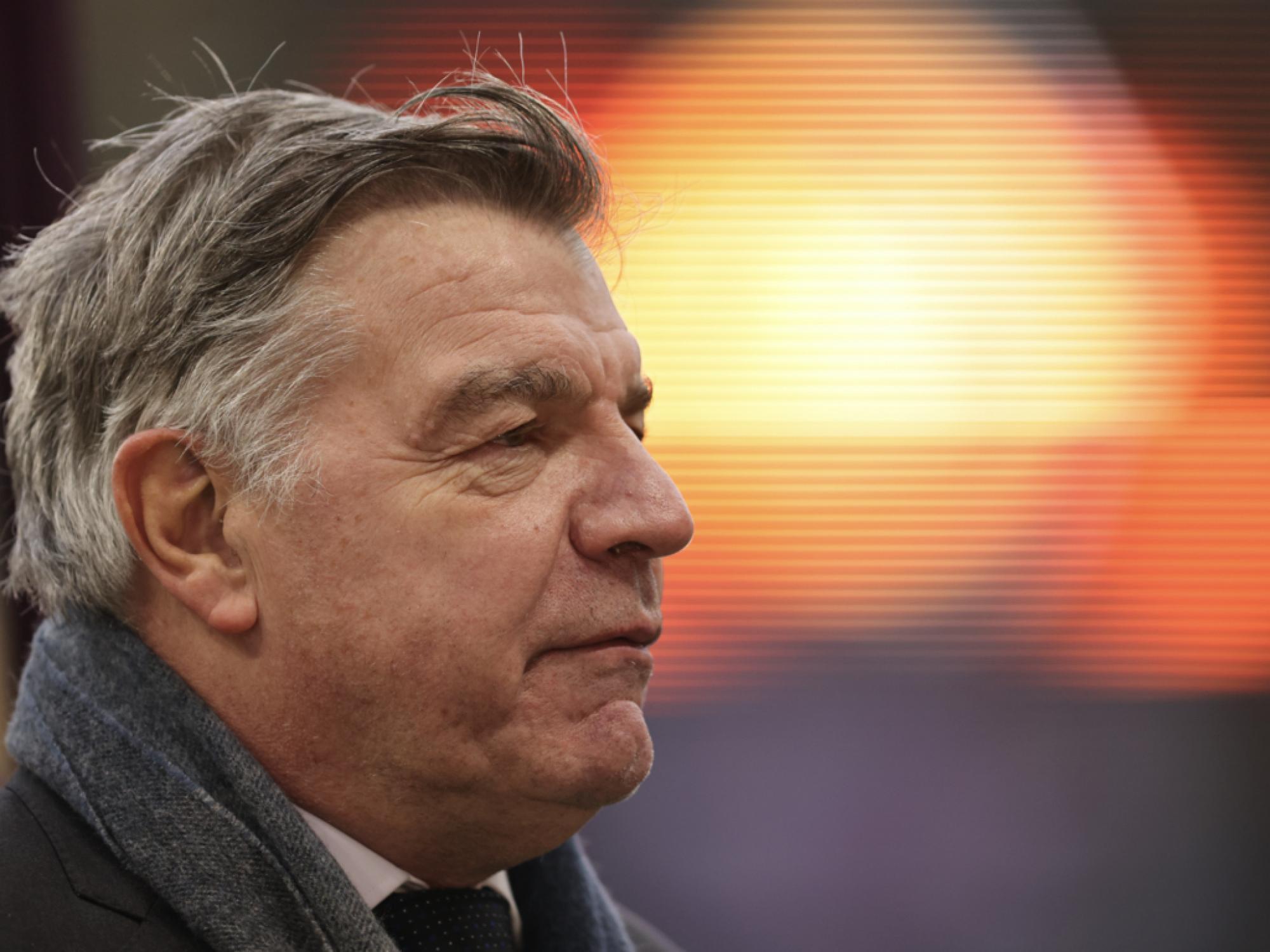 西布朗官方:主教练阿勒代斯将在赛季结束后离任