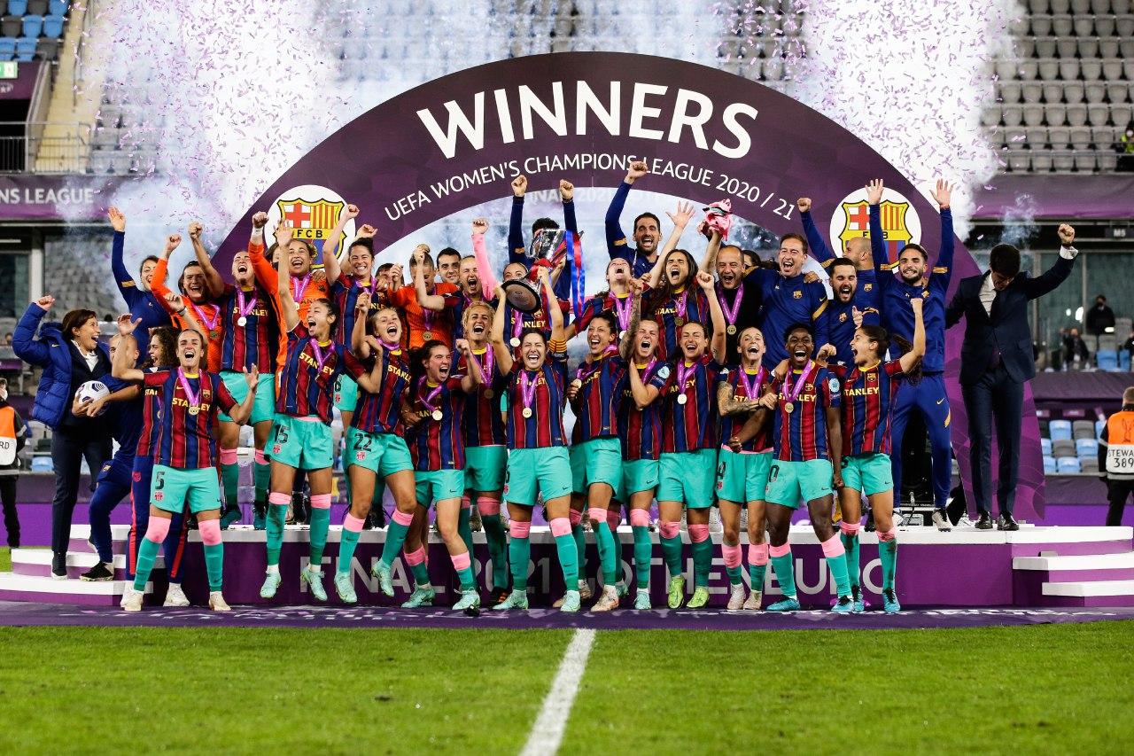 巴萨女足4-0切尔西女足,夺队史首座欧冠冠军
