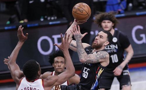 欧洲篮球记者:迈克-詹姆斯会努力留在NBA