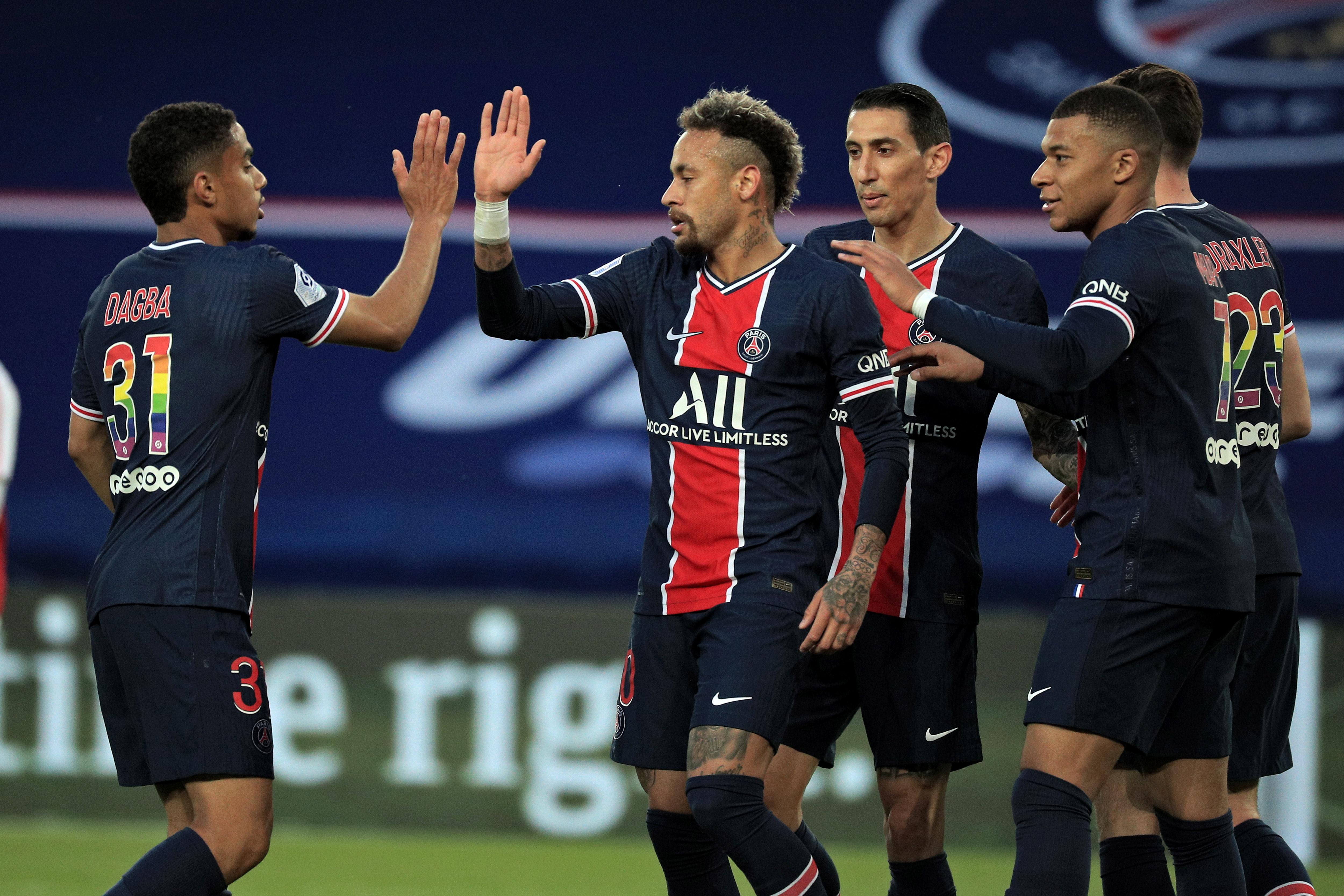 内马尔传射姆巴佩破门,巴黎4-0兰斯距离榜首里尔仅1分