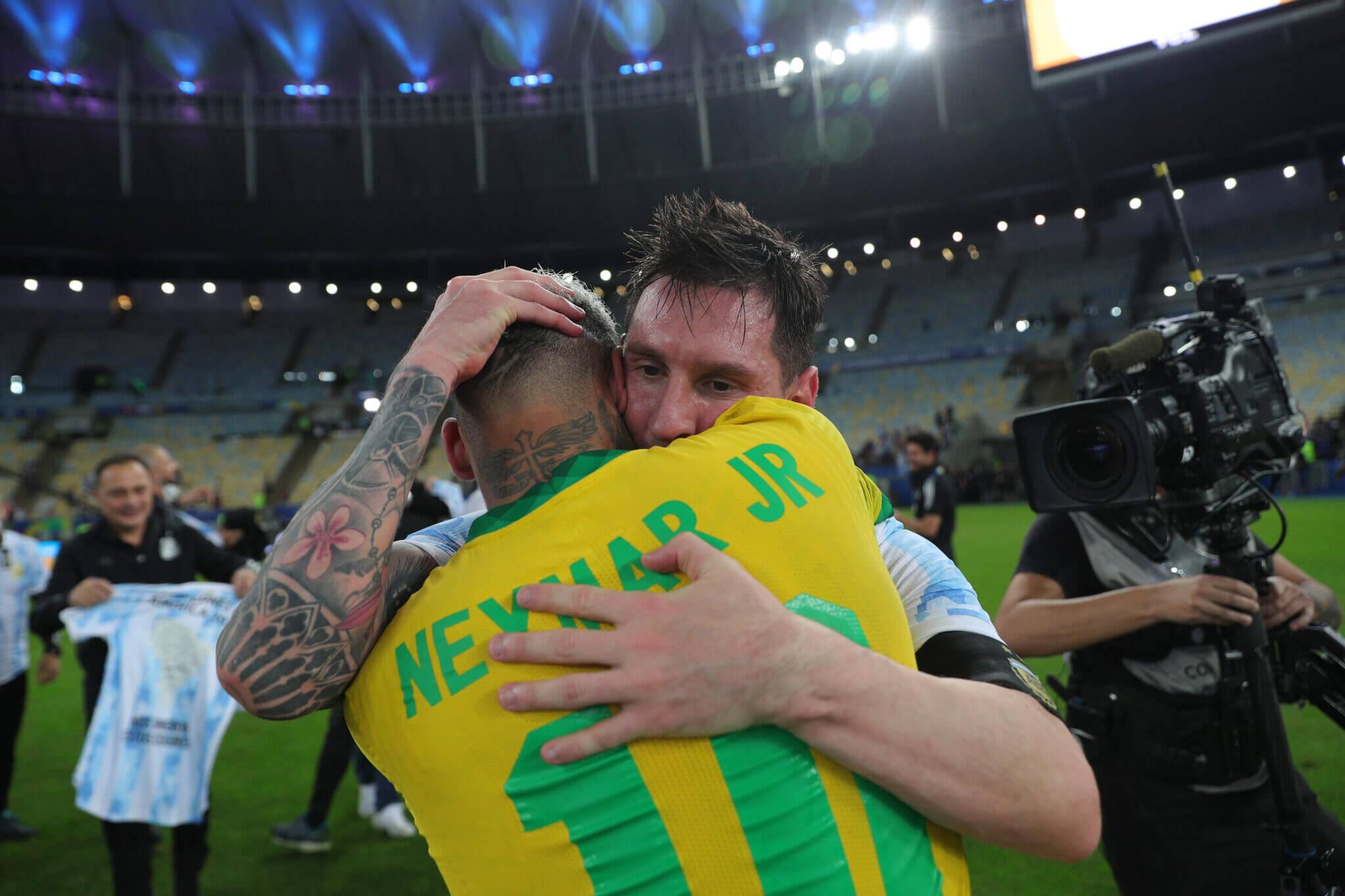 TA:巴黎或要求梅西参加世界杯,而梅西厌倦巴萨的政治斗争
