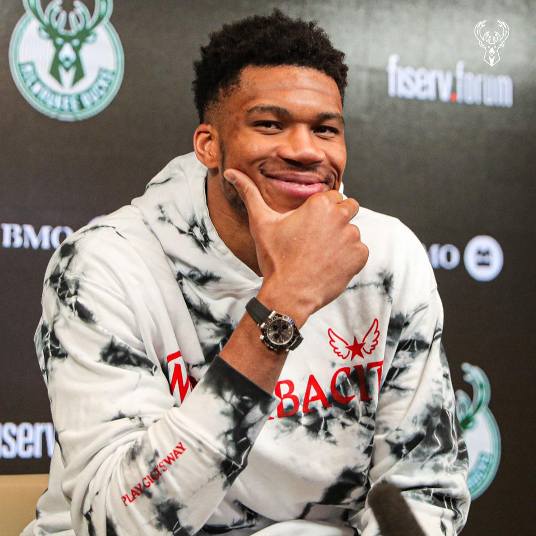 字母哥:对阵篮网76人战绩毫无意义,我关心的是努力打球