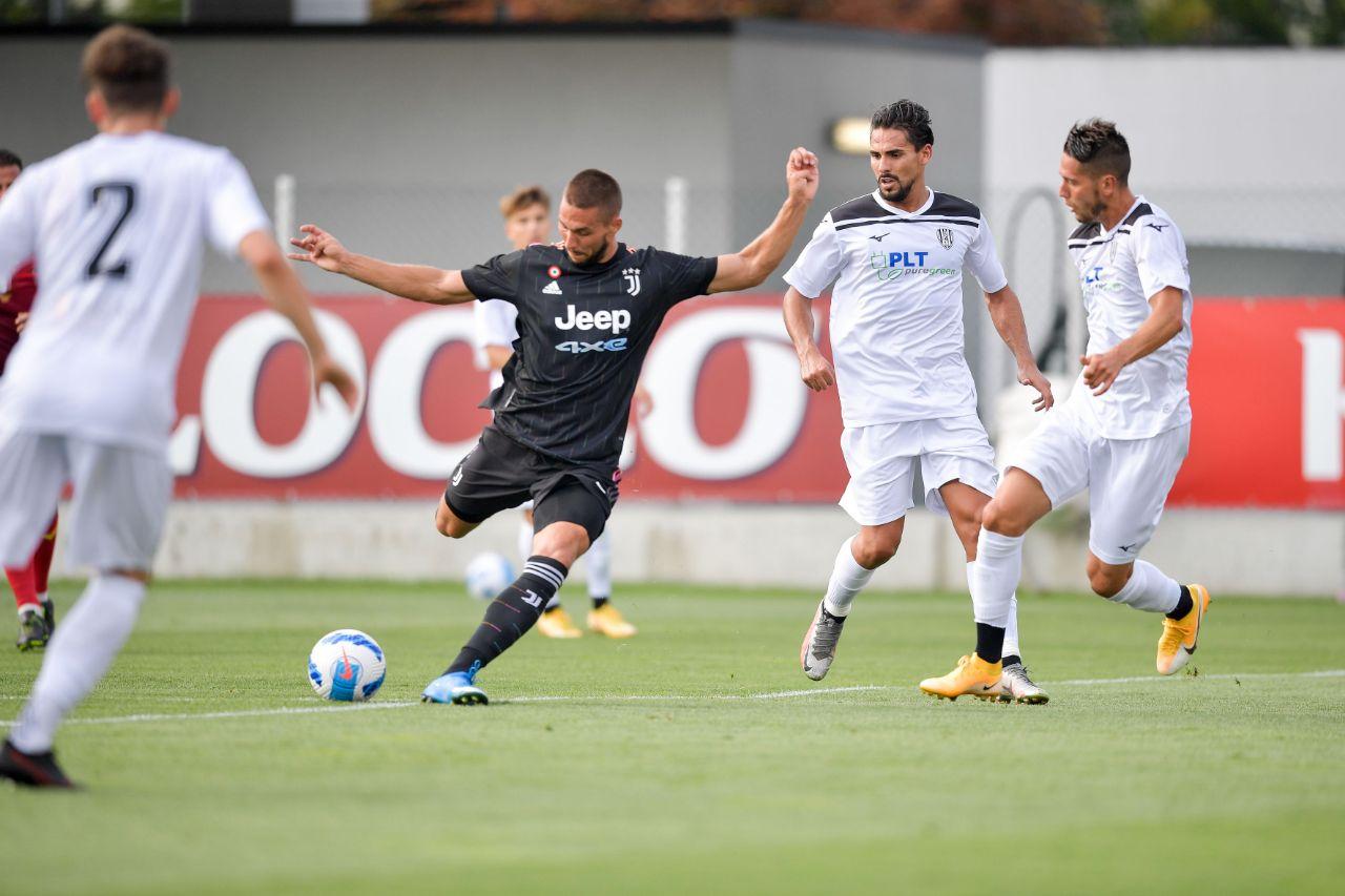 友谊赛:尤文3-1切塞纳,麦肯尼低射破门,马蒂亚斯远射破门