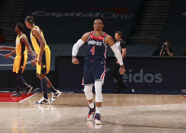 奇才主帅:威斯布鲁克是NBA历史上第二好的控卫