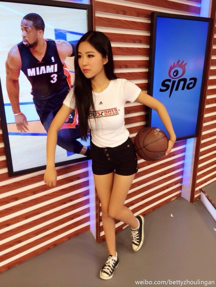 女主播周玲安杂志写真-虎扑篮球图片中心
