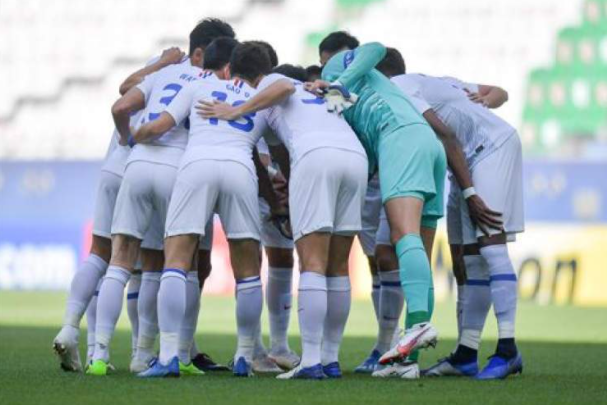 记者:对阵FC东京,上海申花可能全华班首发保平争胜