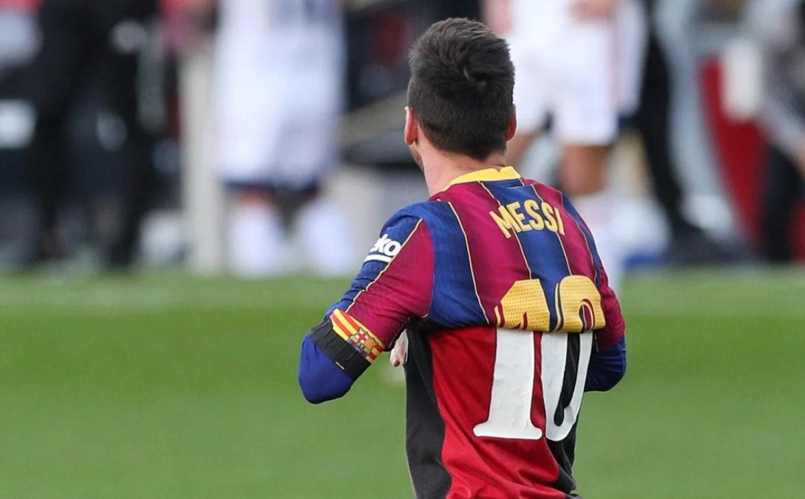 梅西6岁曾给马拉多纳表演花式足球?这只是个编造的故事