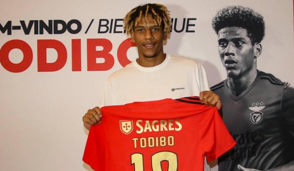 还没出场又迎新对手,托迪博1月可能从本菲卡回归巴萨