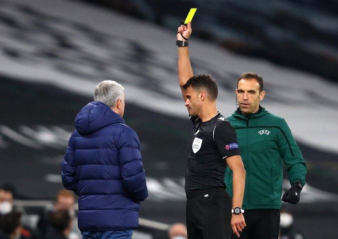 见效了?穆里尼奥教练组抱怨裁判染黄,热刺立刻取得进球
