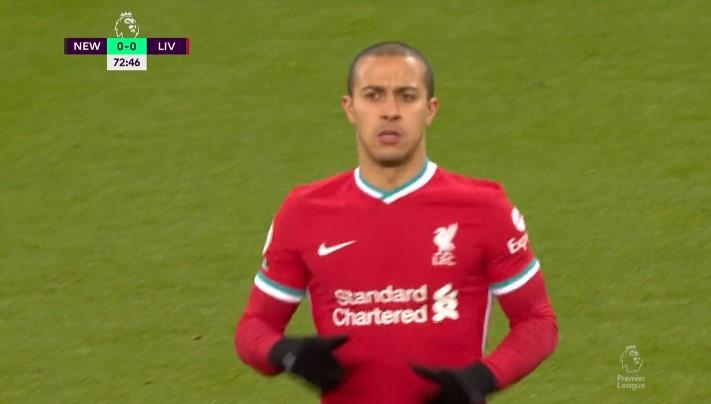 久等了!蒂亚戈时隔两个半月再度代表利物浦上台比赛