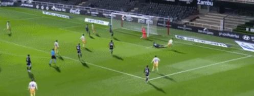 GIF:梅拉梅德小角度抽射破门,西班牙人扳平比分