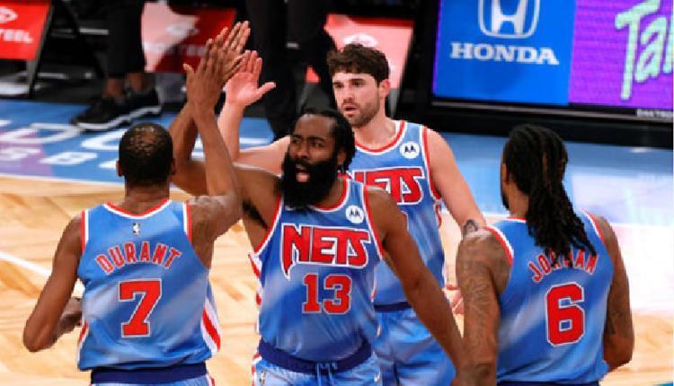得分均衡!篮网四名首发队员半场竞赛均砍下11分