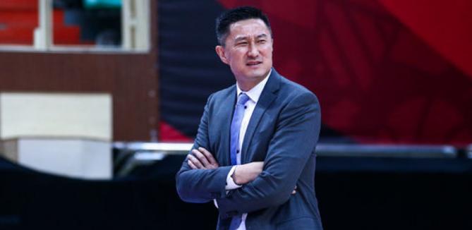 官方撤销杜锋对阵北控首个技术犯规,无需追加禁赛