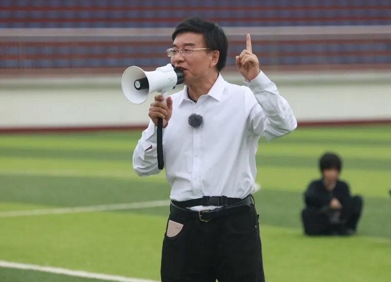 韩乔生表明中国足球就像一个癌症患者,要求国足有必要获得世界杯出线权不现实