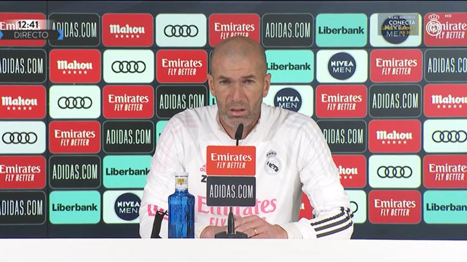 齐达内:皇马的竞争很激烈,不能踢不出来就怪教练