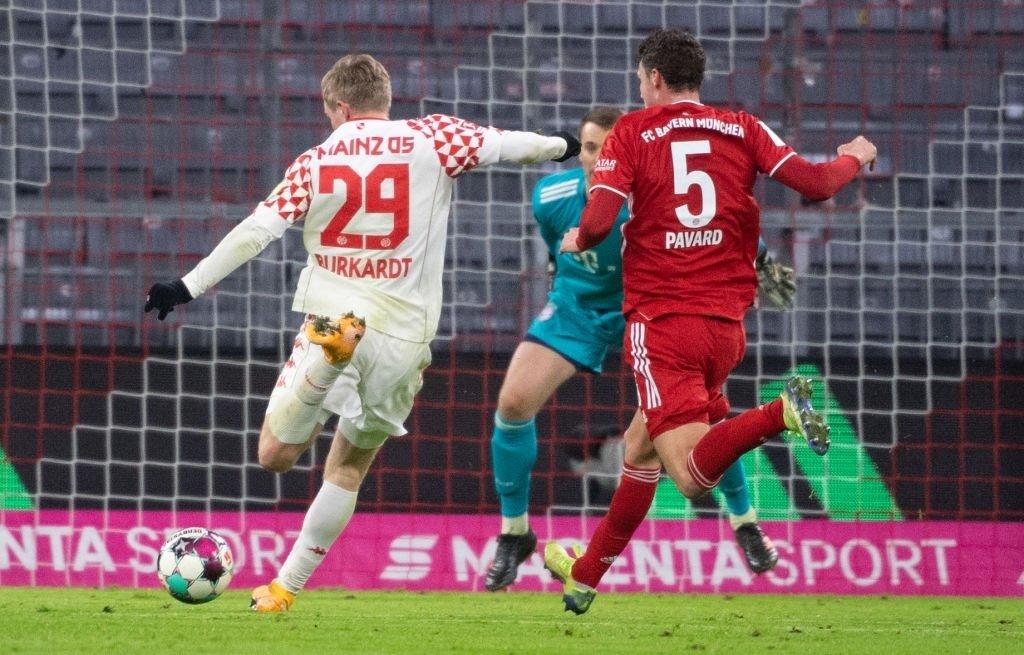 先让你一个?拜仁连续8场比赛落后,居然一场都没输过