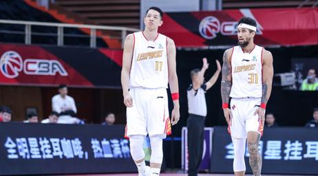 深圳本赛季对阵山西4胜0负,场均净胜山西12分