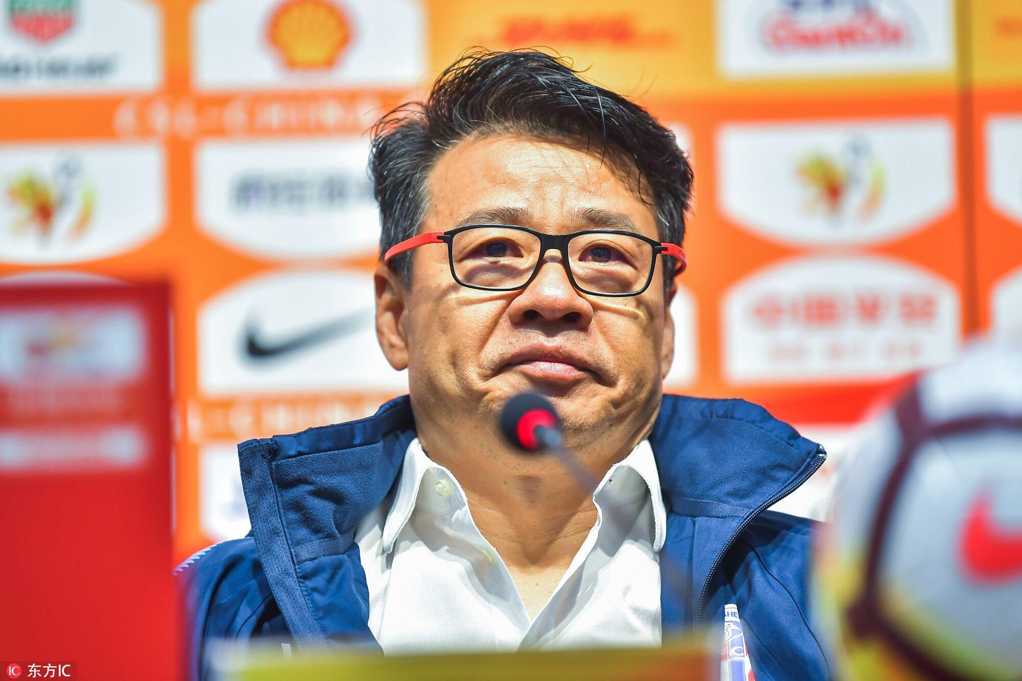 吴金贵:我与球员不存在个人恩怨;本土教练打铁还需自身强