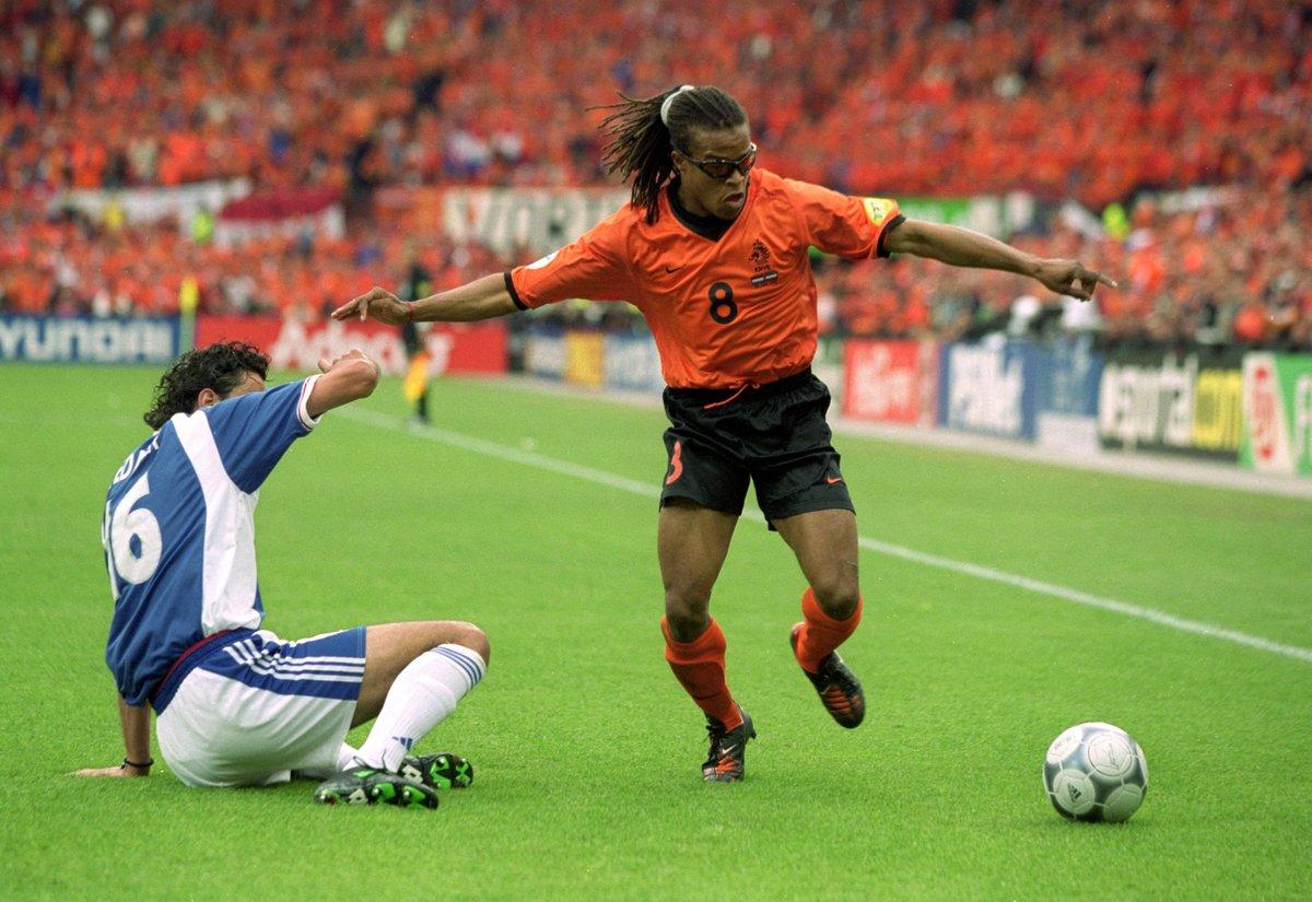 官方:前荷兰左前锋戴维斯执教葡萄牙三级联赛球队奥良人