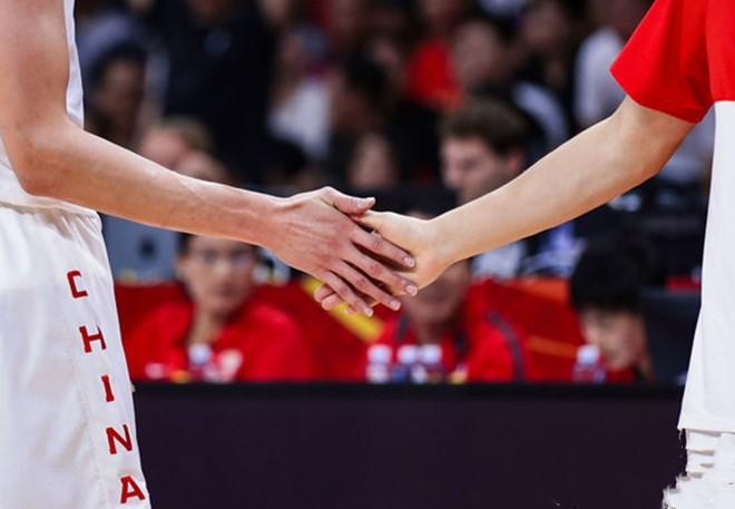 中国篮球之队发布助力口号:一路向征程