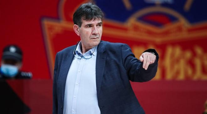 贝西洛维奇:球队打得并不差,但有三个至关重要的失误