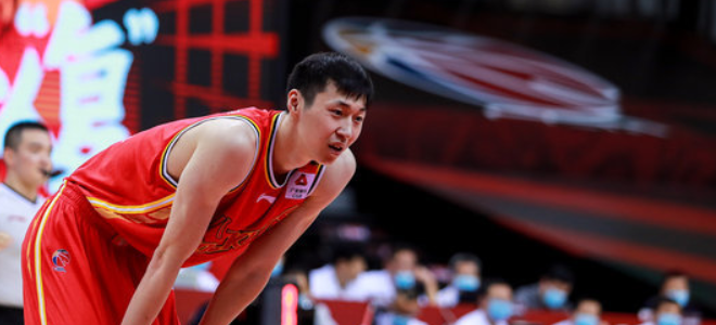 宋翔:前八一球员宁鸿宇、缪光旸正在广州队试训