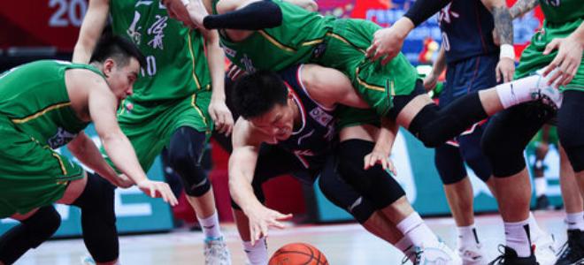 辽宁全队助攻31-19广东,失误比对手多10次