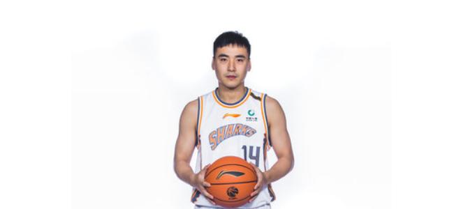 宋翔:自由球员王旭正在同曦队试训