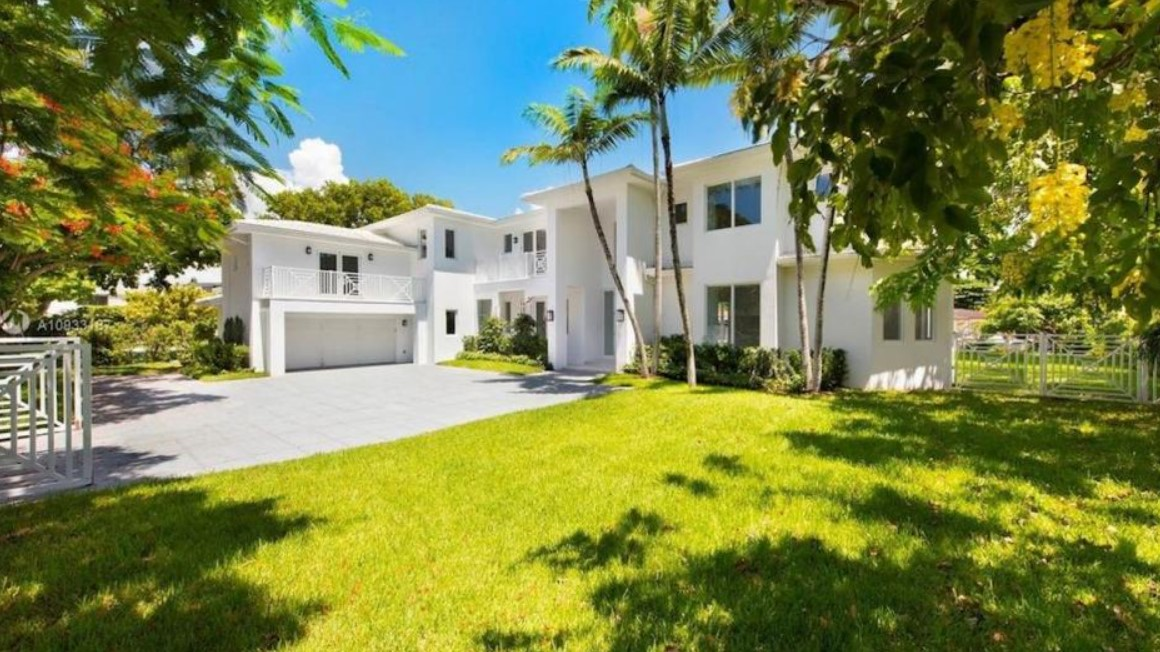 迈耶斯-伦纳德花费775万美元在迈阿密购买豪宅
