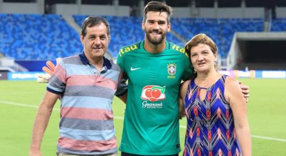 巴西环球体育:阿利松父亲在大坝失踪,消防已去搜救