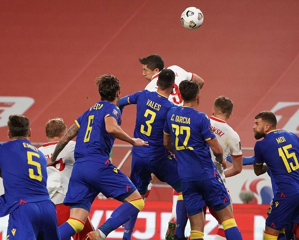 半场:莱万凌空抽射破门雷布斯送助攻,波兰1-0领先安道尔