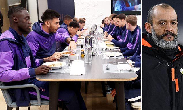 邮报:禁用食堂的禁令解除,英超球员现可在俱乐部食堂用餐-欧凯