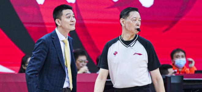 宋翔:CBA全明星期间将举行裁判联队与名宿联队对抗赛