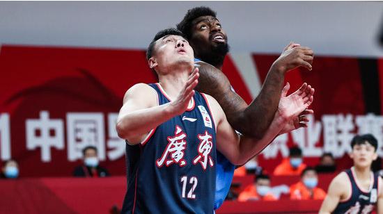 广东场均总篮板数位列联盟第二,仅次于新疆