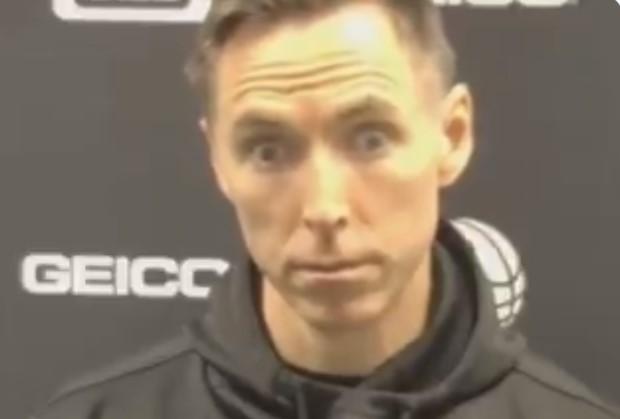 记者称篮网将近20年没在马刺主场赢球,纳什表情亮了