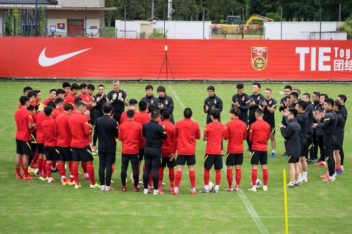 津媒:热身赛对阵中超球队,国足希望对手排出最强阵容