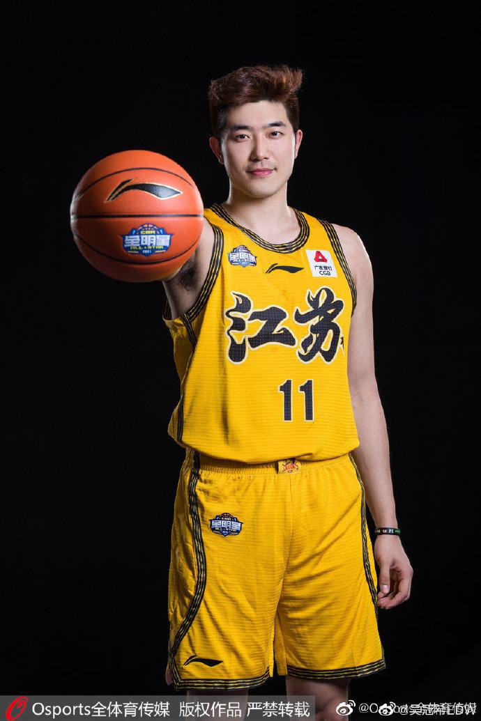 吴冠希更博:我的全明星之旅三连胜,继续感恩继续努力