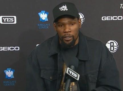 杜兰特:球队老将彼此熟悉,因为他们过去作为对手有过竞争插图