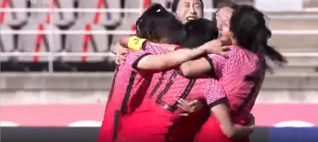 动图表情包:姜綵林单骑闯关破门,韩国女足1-1中国女足