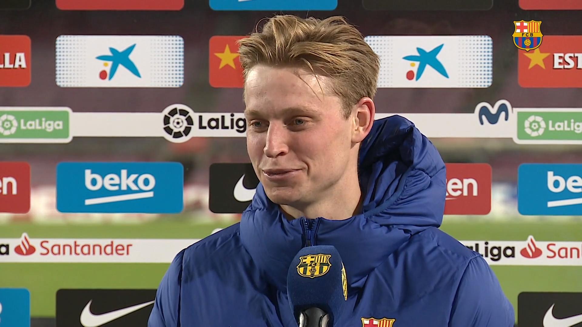 德容:作为万金油我还是喜欢踢中场,背着黄牌比赛很难受-XI全网