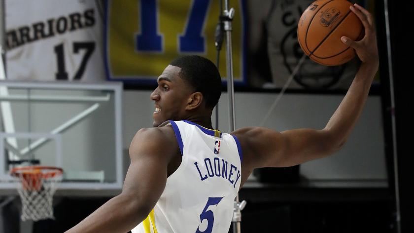 卢尼目前已经抢下了15个篮板,篮板数创造生涯新高