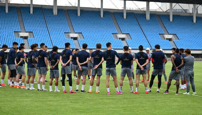 足球报:重庆两江竞技未按足协要求于今日进驻赛区