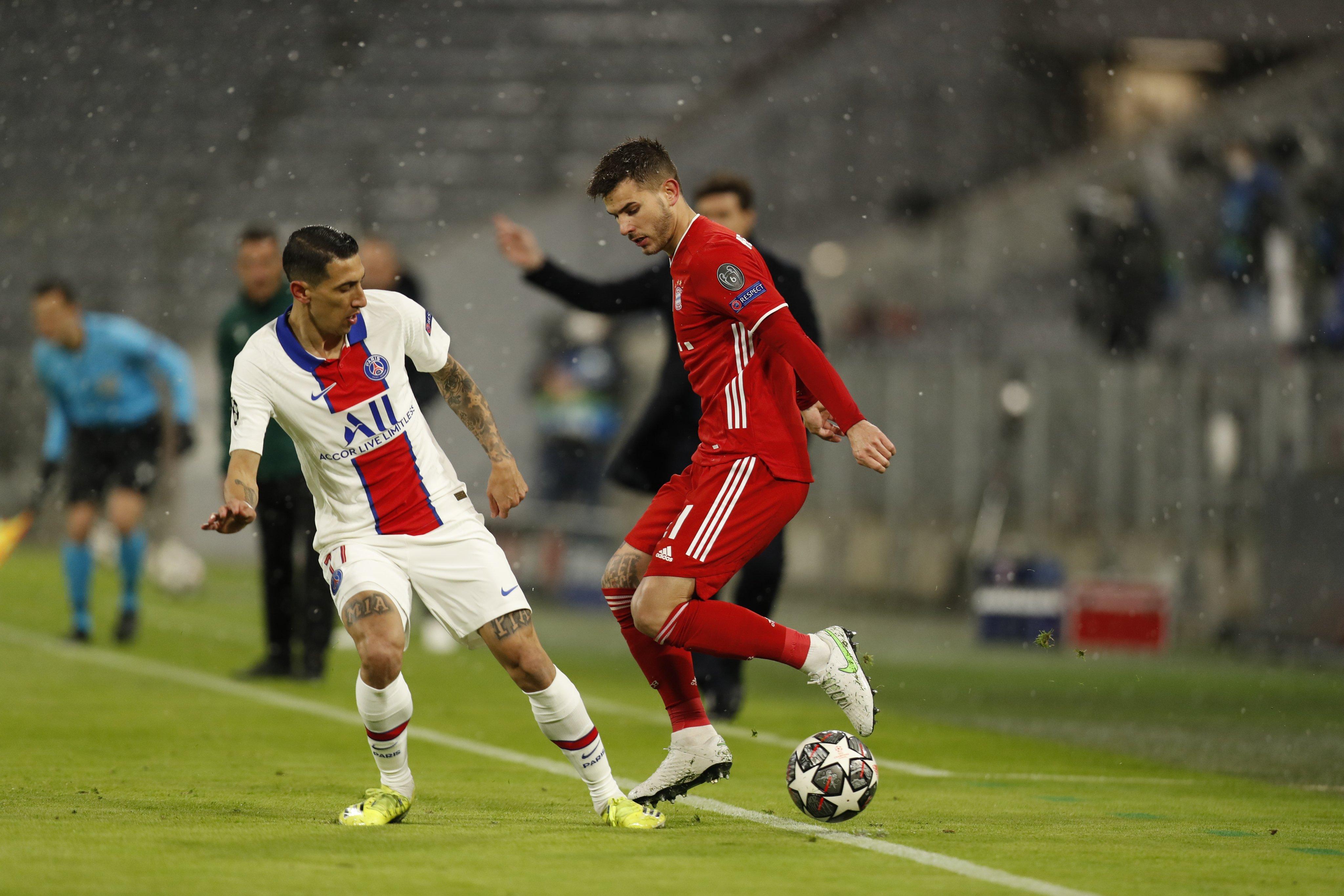 GIF:阿方索-戴维斯换下戈雷茨卡,拜仁迅速做出调整