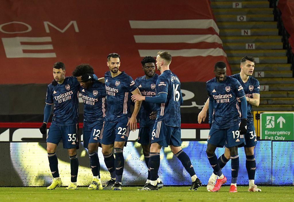 拉卡泽特梅开二度马丁内利破门,阿森纳客场3-0谢菲尔德联